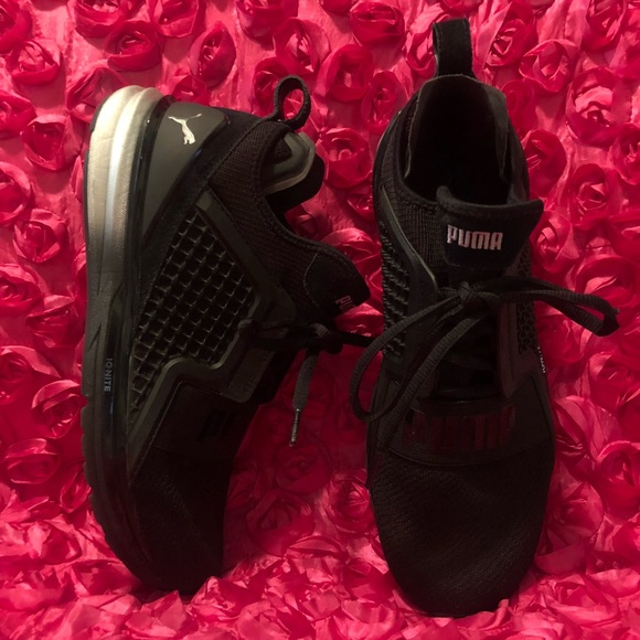 detailed look 09143 22cfb Puma Ignite Limitless Metal Wn's Black-Silver